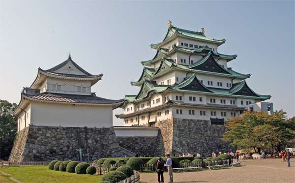 Nagoya Castle and Toyota Commemorative Museum of Technology and Industry – Jo...