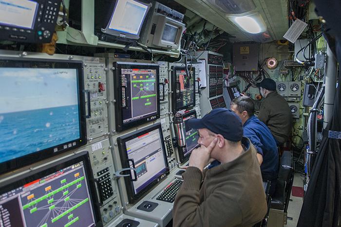 USS Toledo targeting 700