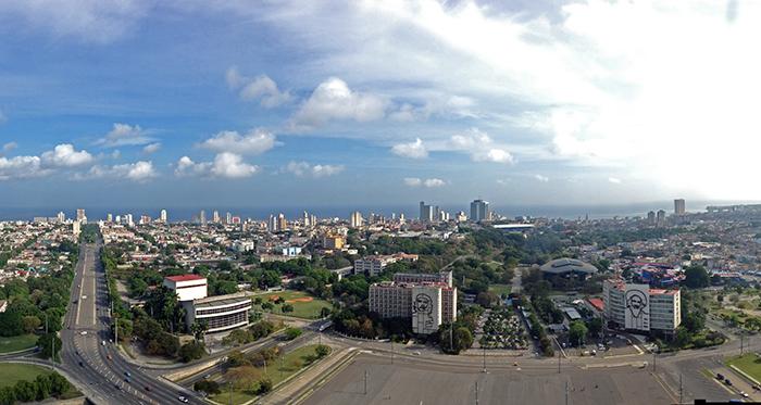Havana Cuba skyline_