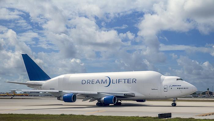 Boeing Dreamlifter_