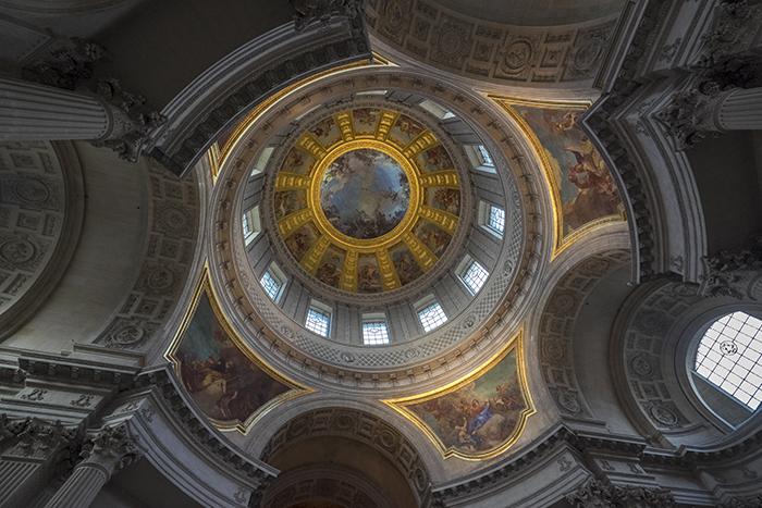 Napoleons tomb ceiling