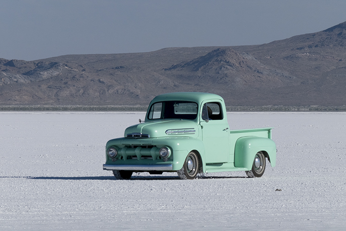 ford-pickup-700